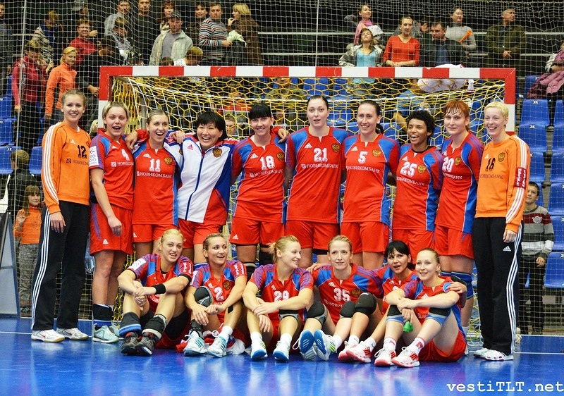 Women's_Team_Handball_Russia_-_2011-10-19